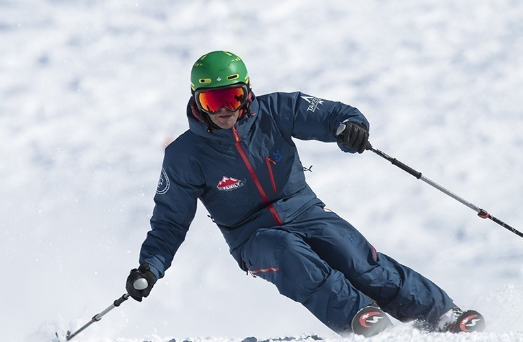 Escuela esquí Baqueira. Clases de esquí y snowboard - ski camp baqueira