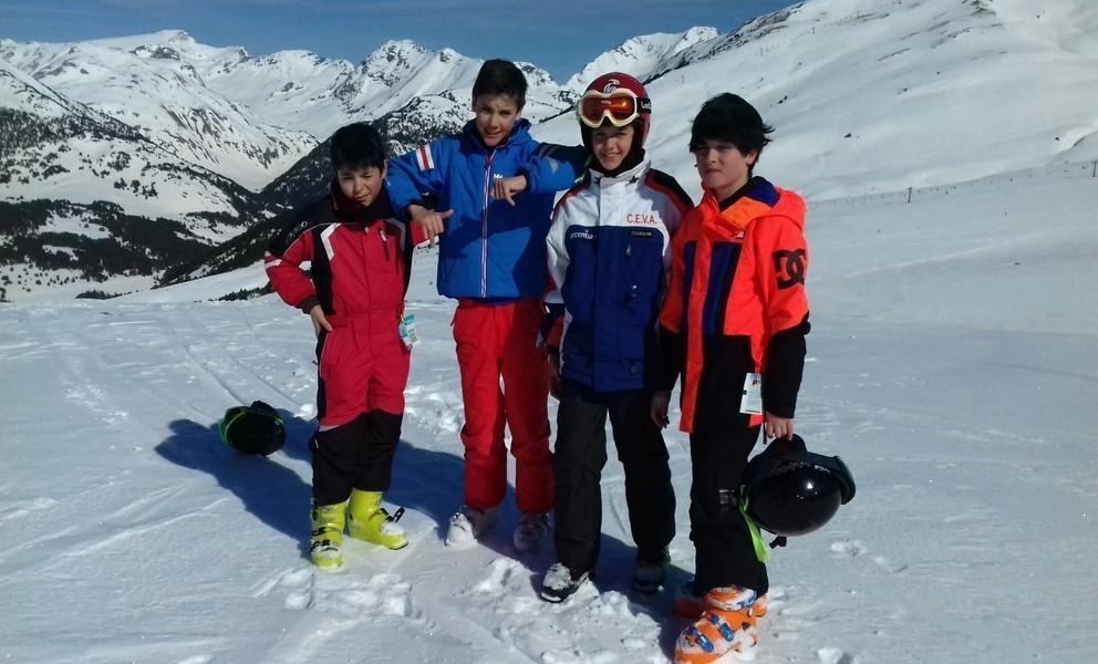 Clases de esquí para niños en Baqueira